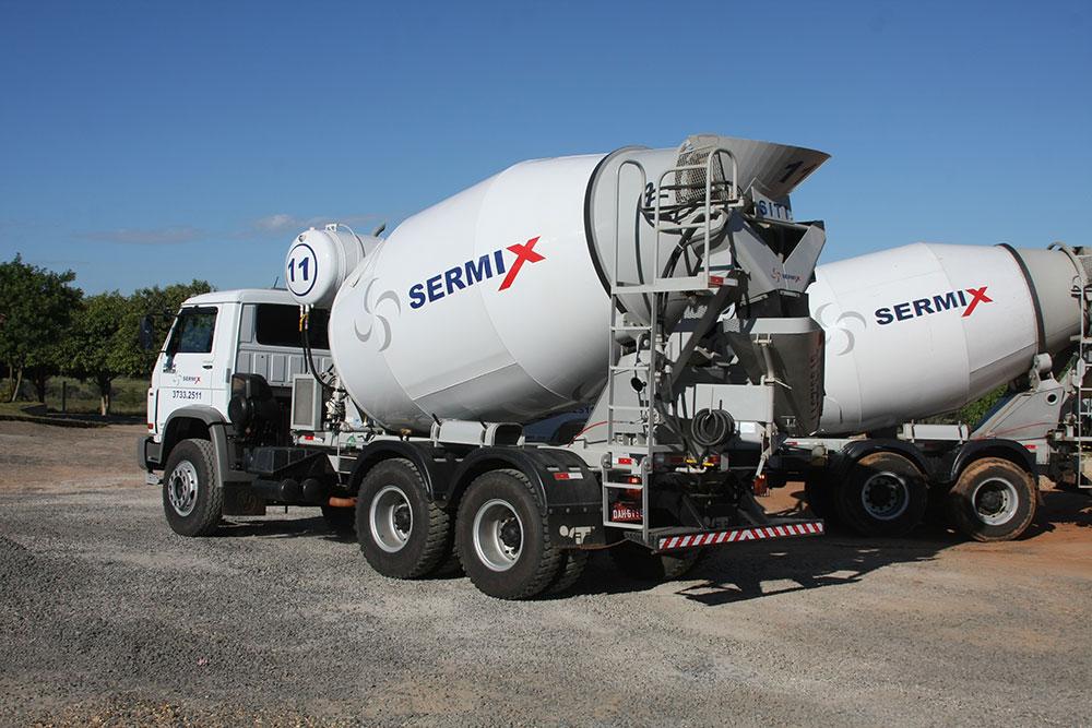 Caminhões Betoneiras - Sermix - Avaré
